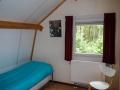24-Slaapkamer 3 met éénpersoonsbed op de bovenverdieping.